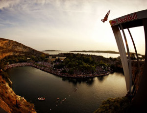 redbull_cliff_diving_in_athens